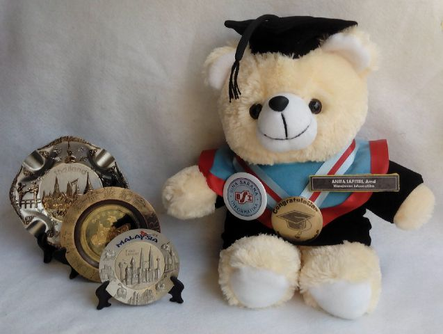 Image result for boneka wisuda
